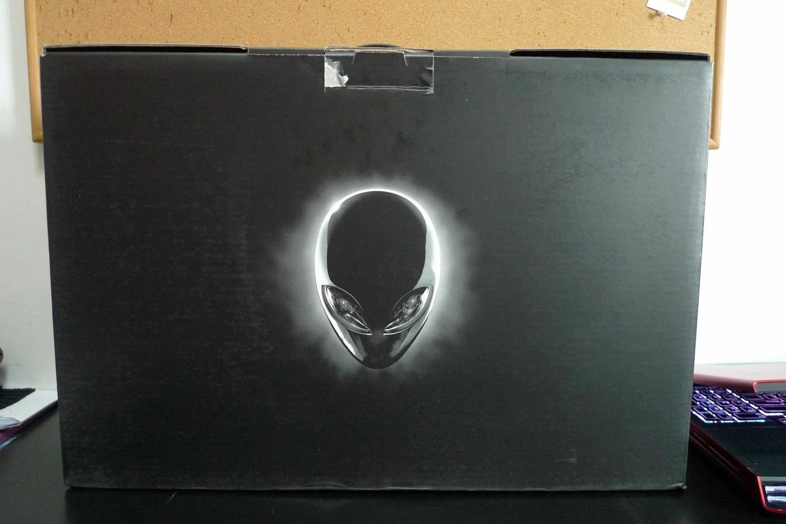 """Alienware AW17R4-7005SLV-PUS 17"""" Laptop  with NVIDIA GTX 106"""