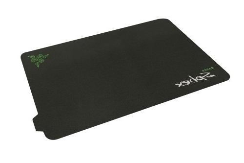 Razer Gaming Mat - Pad Preferred by Pro Gamers